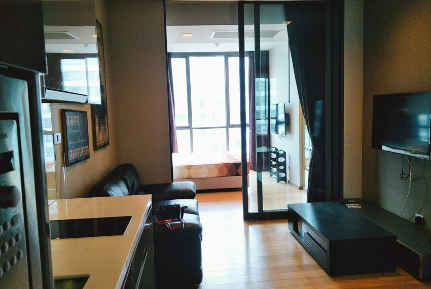 Hyde-Sukhumvit-13-Sale-1-bedroom-flat-TV