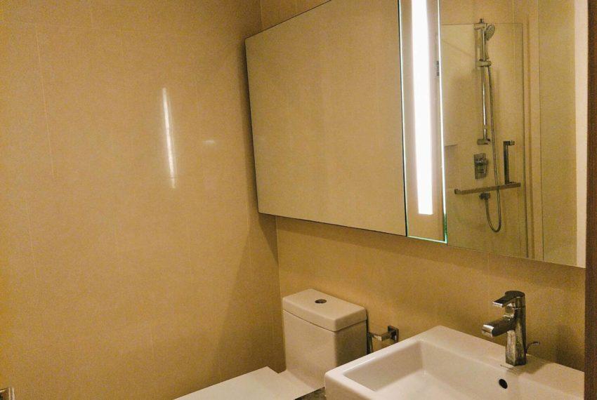 Hyde-Sukhumvit-13-Sale-1-bedroom-toilet