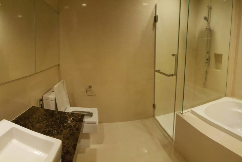 Hyde Sukhumvit 13 rental - 3 bedroom - low floor - bathroom-3