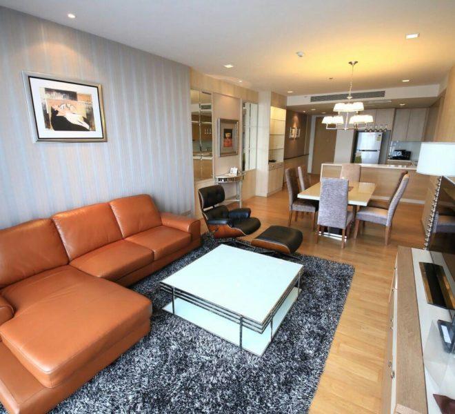 Hyde Sukhumvit 13 rental - 3 bedroom - low floor - livingroom-4