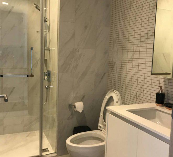 Hyde-Sukhumvit11-rent-1b1b-high-floor-bathroom