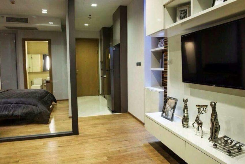 Hyde-Sukhumvit13-1bedroom-sale-living