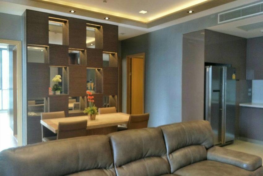 Hyde-Sukhumvit13-2bedroom-Sale-dinning