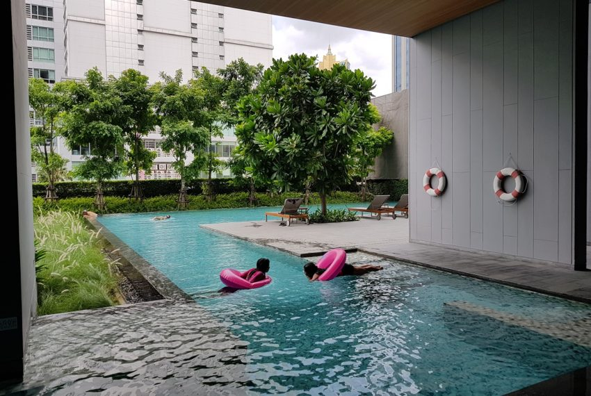 Hyde-Sukhumvit13-kids-pool