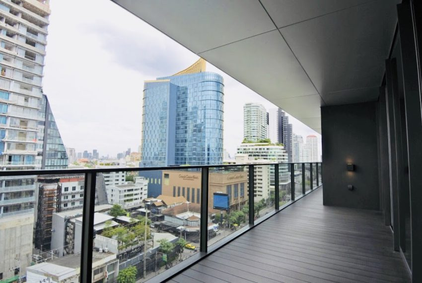 Luxury condo for sale in Thonglor - 3 Bedroom - 202 sqm - pool view - TELA Thonglor