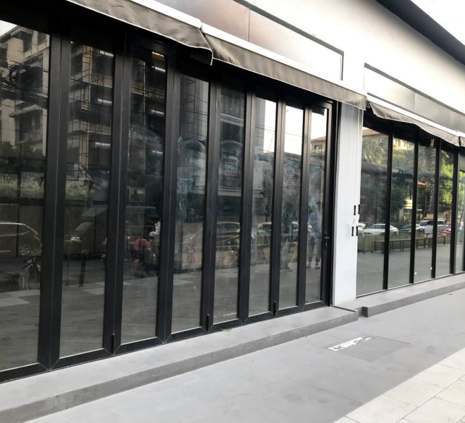 Retail space for rent in Thonglor - in front of a shopping mall