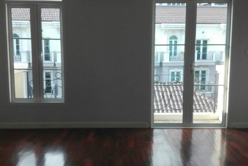 INHOME LUXURY RESIDENCES-bedroom1-rent