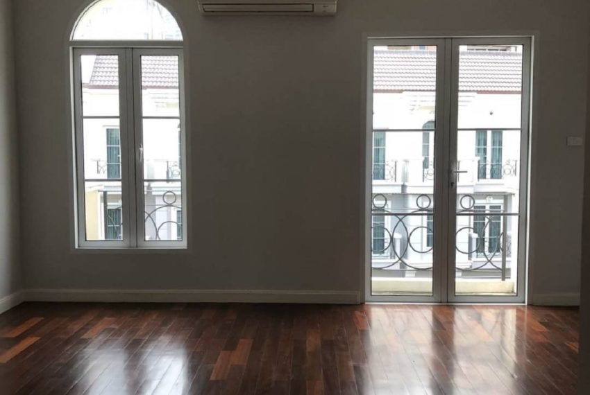 INHOME LUXURY RESIDENCES-bedroom5-rent