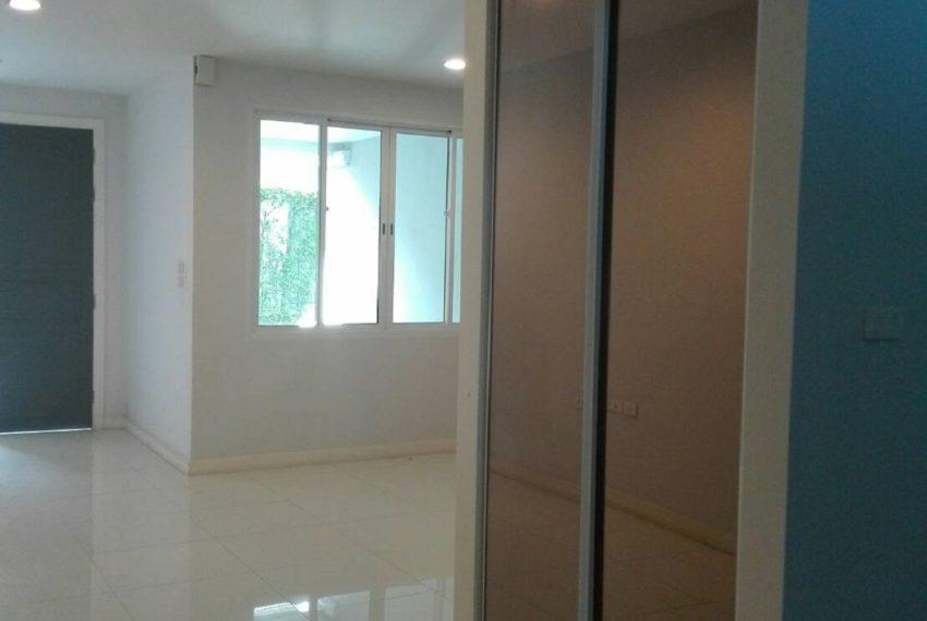 INHOME LUXURY RESIDENCES-livingroom-rent