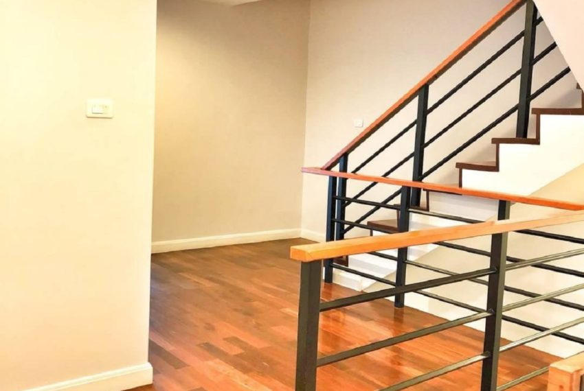 INHOME LUXURY RESIDENCES-space-rent