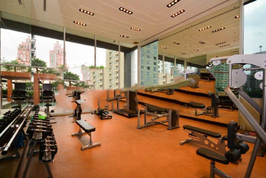 Ideal 24 condominium - gym