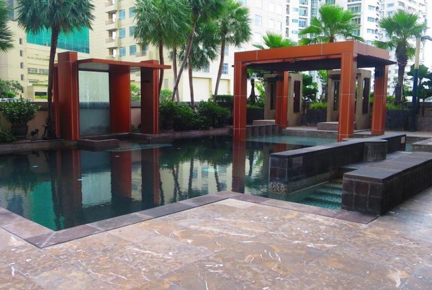 Ideal 24 condominium - swimming