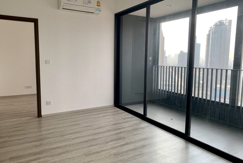 Ideo Mobi Asoke-2 bed 2 bath-livingroom