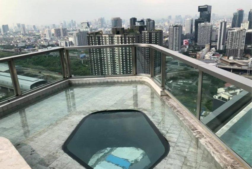 Ideo Mobi Asoke Condominium - rooftop