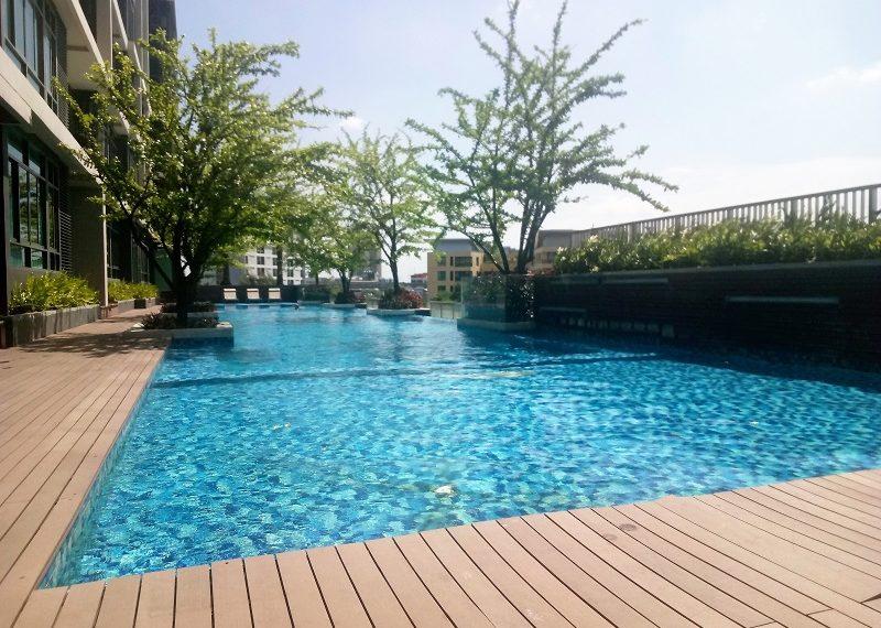 Ideo blucove swimming Pool