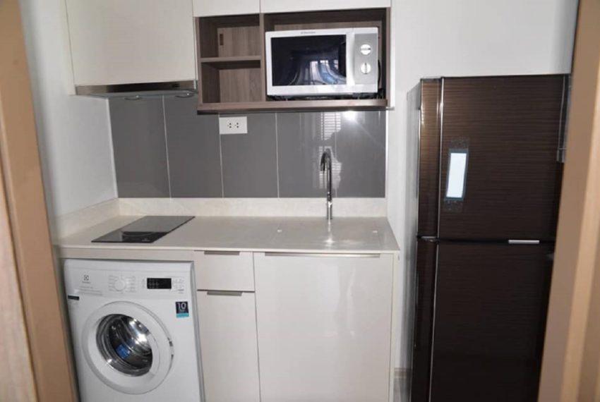 Ideo mobi asoke-kitchen-rent