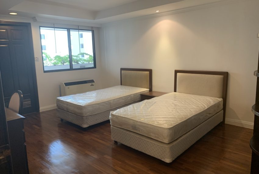 Jaspal Sukhumvit 23-rent-4-bedroom-bedroom4