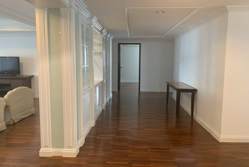Jaspal Sukhumvit 23-rent-4-bedroom-big-rooms