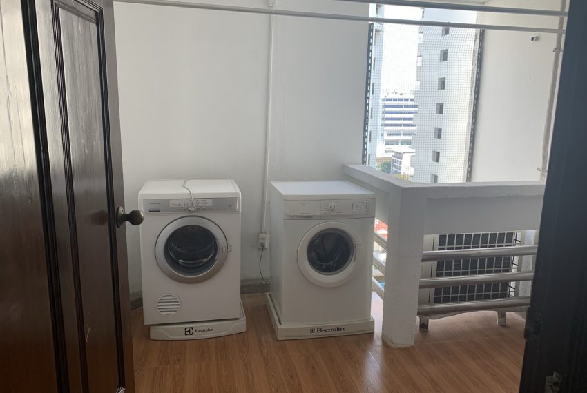 Jaspal Sukhumvit 23-rent-4-bedroom-washing-machines