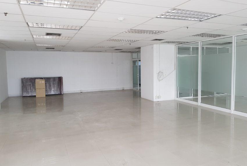 Jewelry Trade Center Bangkok office bigger room 2