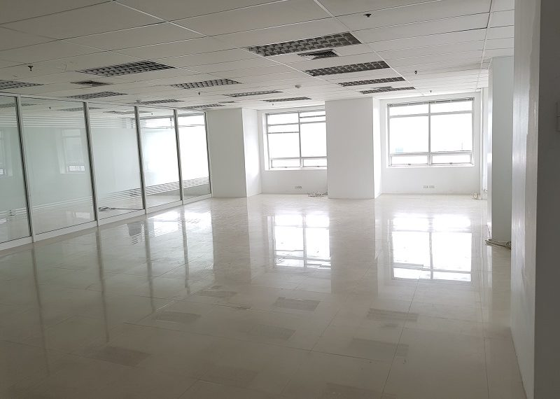 Jewelry Trade Center Bangkok office bigger room