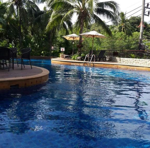 Kata Gardens condominium - pool