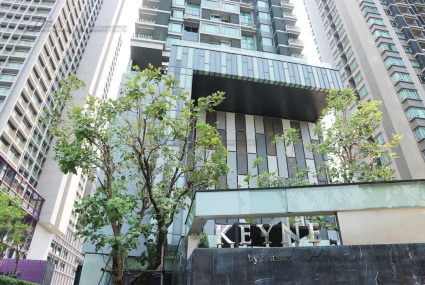 Keyne by Sansiri condo - street