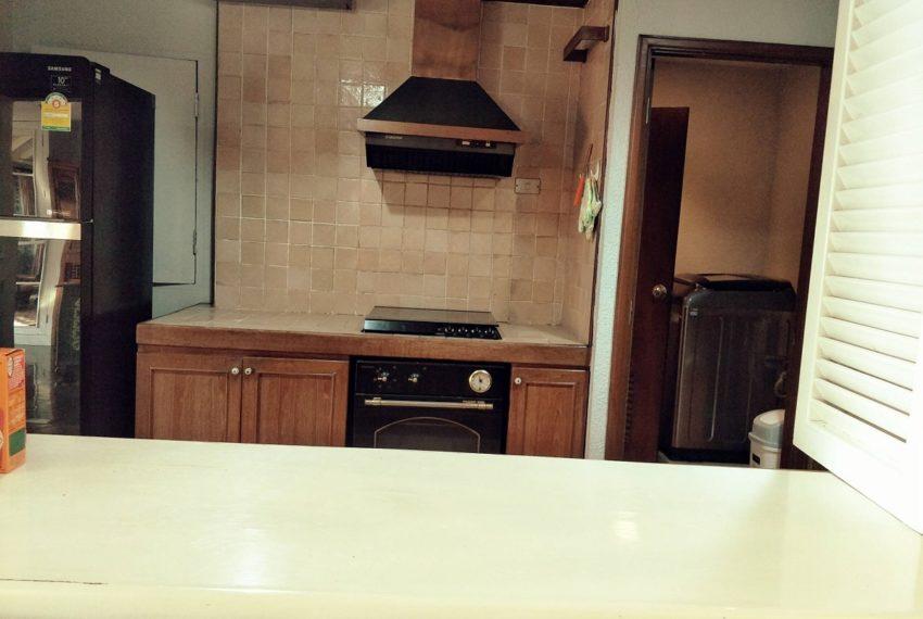 Kiarti Thanee City Mansion Duplex - kitchen