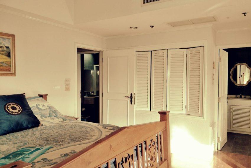 Kiarti Thanee City Mansion Duplex - master bedroom