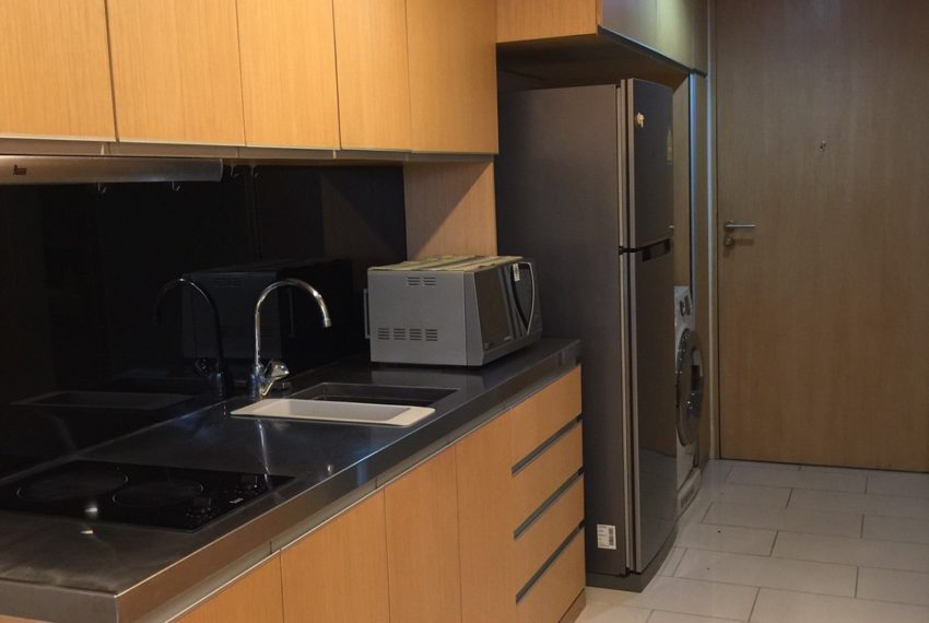KitchenCondo in Sukhumvit 31 for sale - low-rise - 1-bedroom - Siamese Gioia
