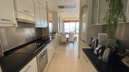 Luxury Bangkok apartment near BTS Asoke - 2-bedroom - high floor - The Lakes