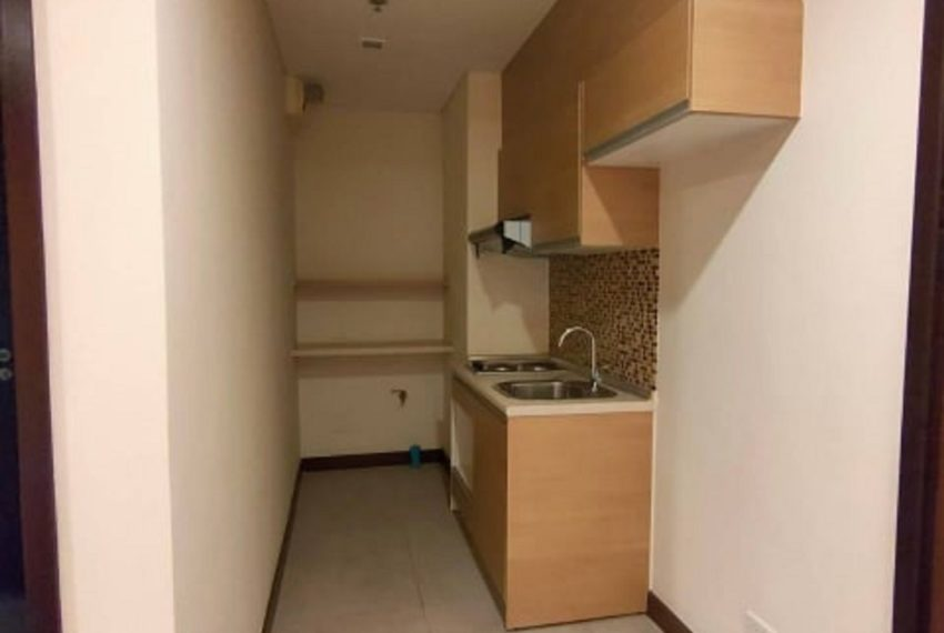 LE LUK CONDOMINIUM-kitchen-rent