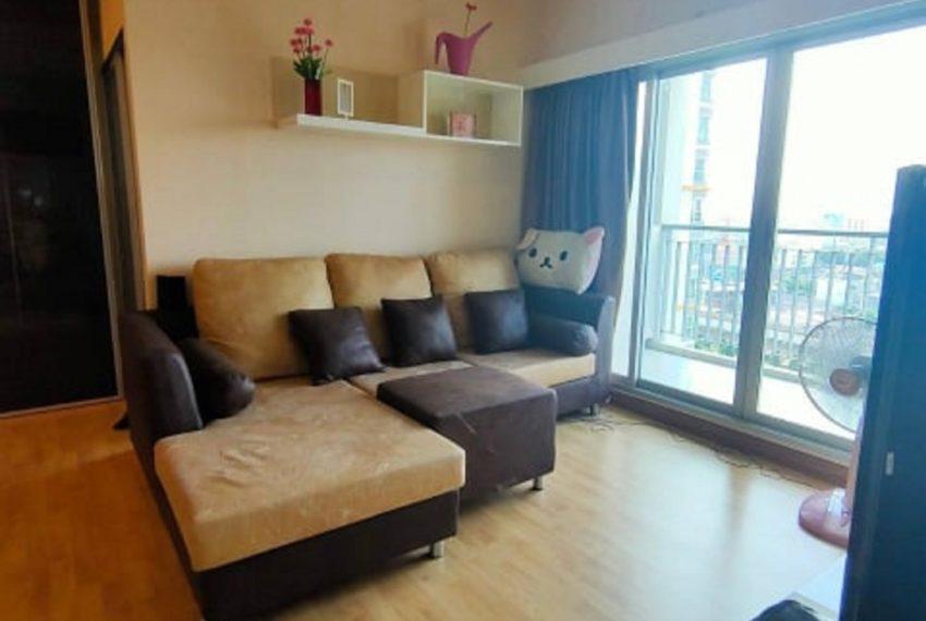 LE LUK CONDOMINIUM-livingroom-rent