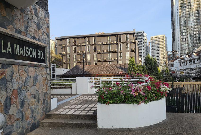 La Maison Sukhumvit 22 condo - garden