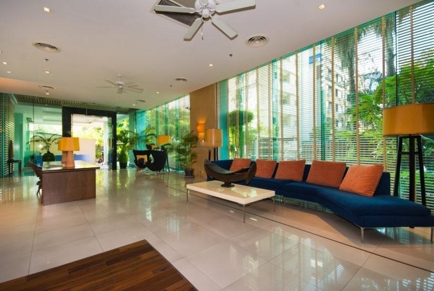 Lake Green Sukhumvit 8 Condominium - lobby