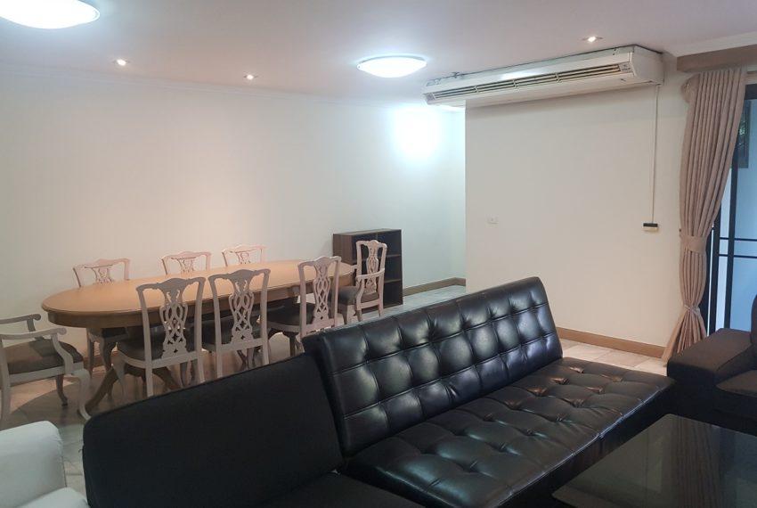 Large condo for rent 3 bedrooms low floor Prestige Towers - dinning