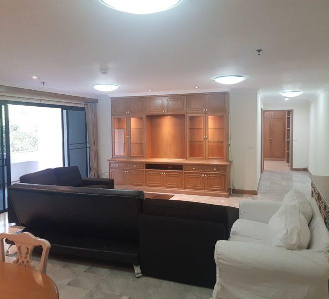 Large apartment for sale in Asoke - 2 bedrooms 3 balconies - Prestige Towers Sukhumvit 23
