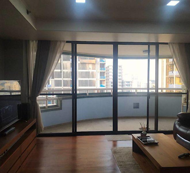 Large condo for sale near Asoke BTS - 3 balconies - high floor - Las Colinas