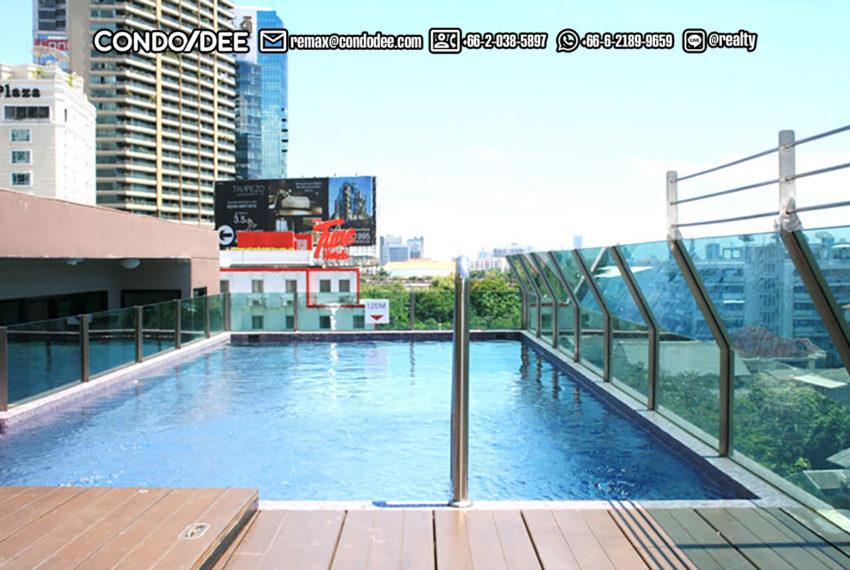 Le Cote Sukhumvit 14 condominium - pool