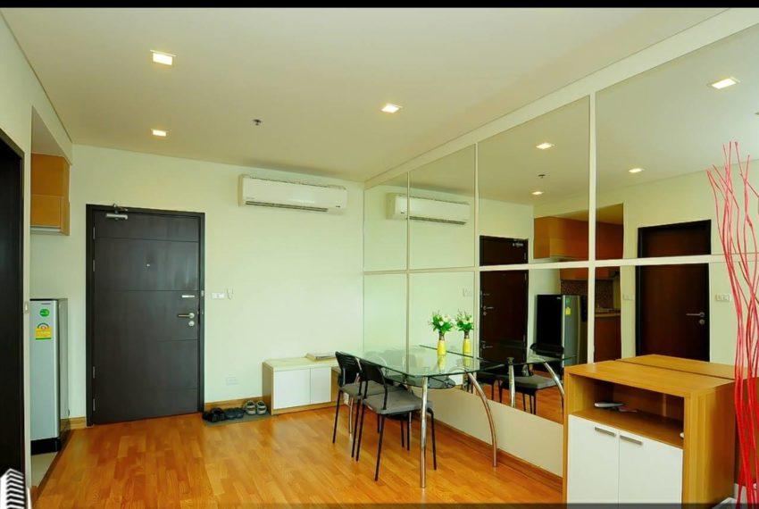 Le Luk Condominium near Phra Khanong BTS - 1bedroom-Sale - High Floor - entrance