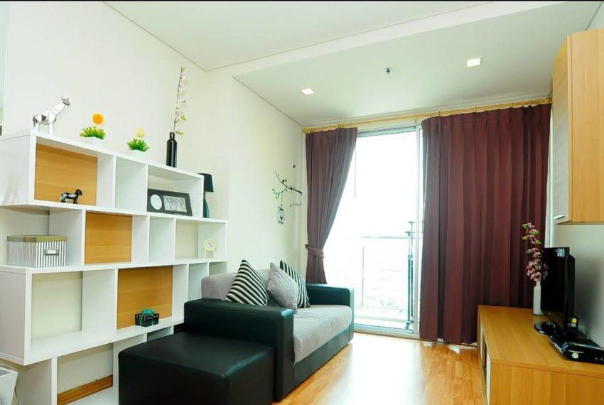 Le Luk Condominium near Phra Khanong BTS - 1bedroom-Sale - High Floor - furnished