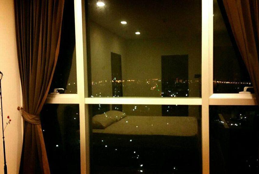 Le Luk Condominium near Phra Khanong BTS - 1bedroom-Sale - High Floor - night view