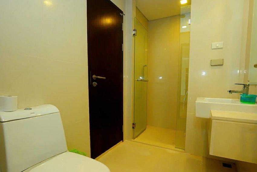 Le Luk Condominium near Phra Khanong BTS - 1bedroom-Sale - High Floor - shower