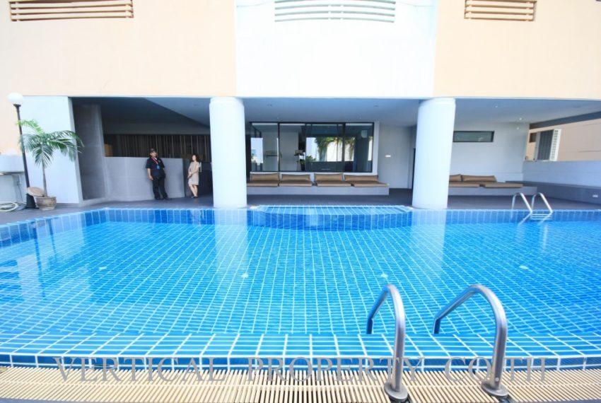 Le Premier 1 Sukhumvit 23 condo - pool