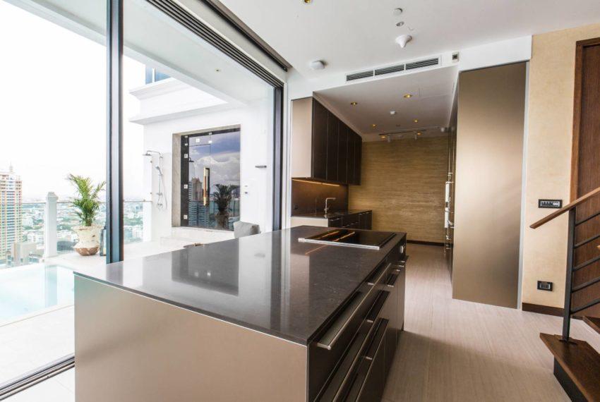 Le Raffine 39 - duplex -sale - kitchen1