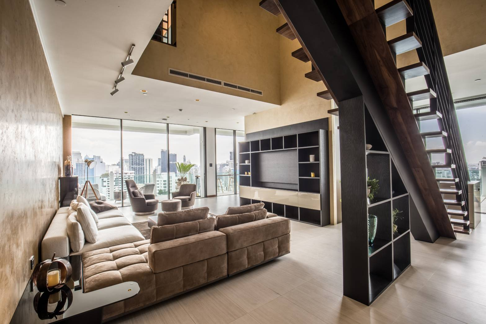 Duplex with a private pool for sale - 2-bedroom - high floor - luxury condo - Le Raffine 39