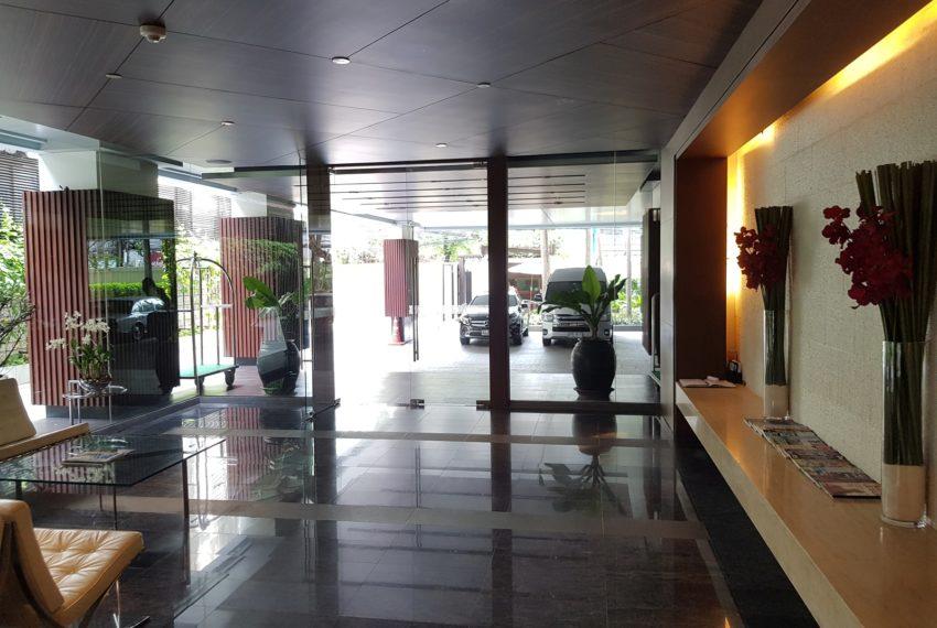 Le Raffine Jambunuda Sukhumvit 31 - entrance