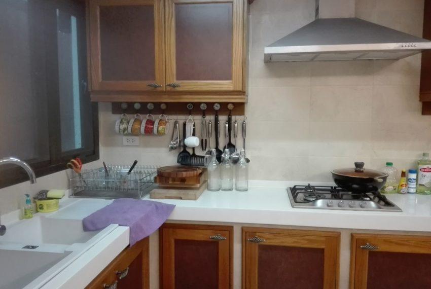 Leo House SK 22-kitchen rrom1-Sale