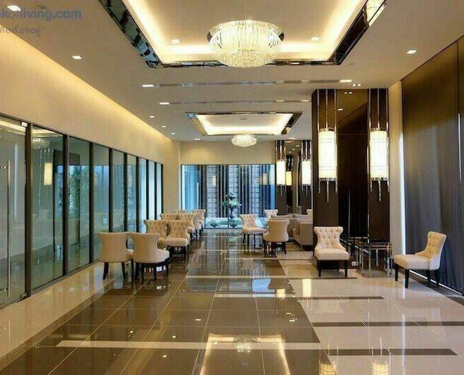 New condo for sale in Asoke Cheap 1-Bedroom - Low Floor - Life Asoke