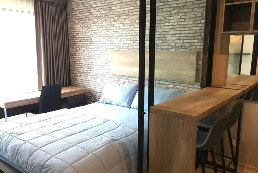 Life Asoke-bedroom1